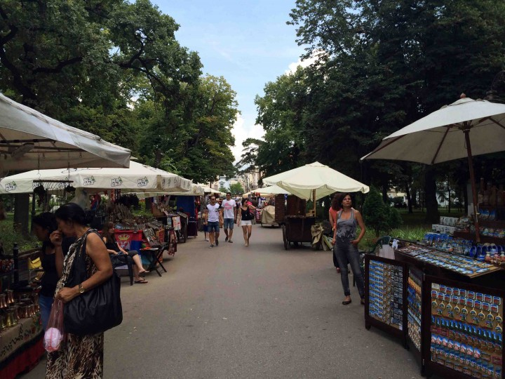 street_stalls_belgrade_serbia