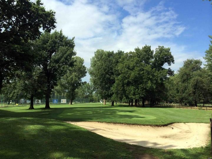 tight_fairways_golf_club_belgrade