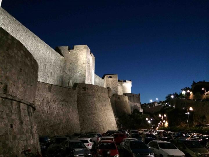 walls_old_city_dubrovnik_croatia