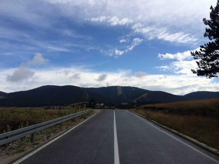 blue_sky_road_to_tronik_ski_resort_zlatibor_serbia