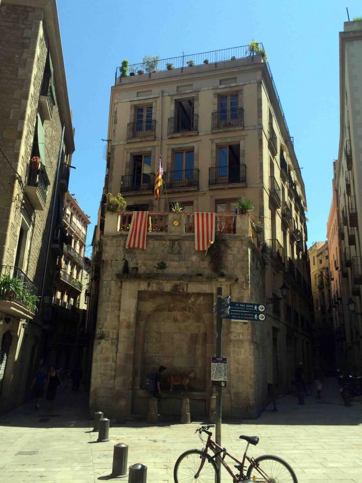 old_buildings_barcelona