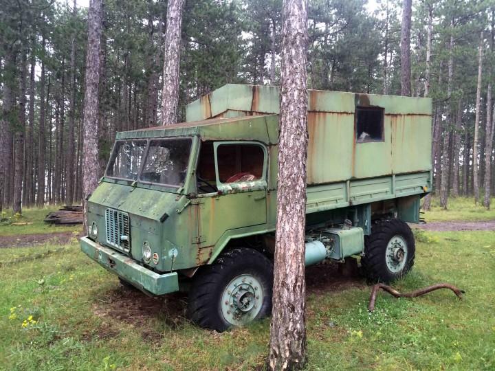 old_military_vehichle_zlatibor_serbia