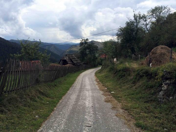 small_country_roads_zlatibor_serbia