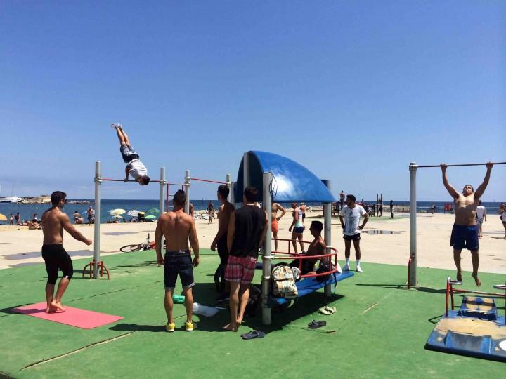 training_beach_barcelona