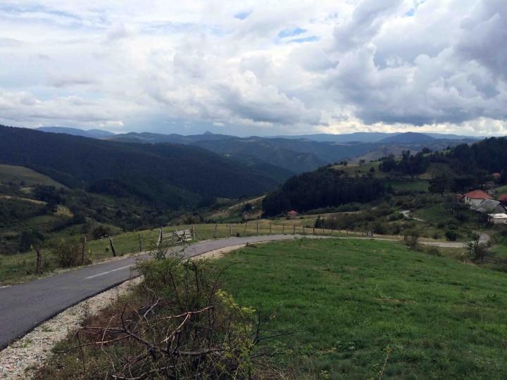 winding_roads_outside_zlatibor_serbia