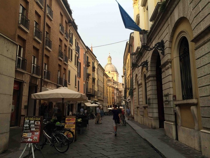 a_streets_of_mantua_italy