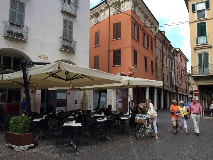 cafe_life_mantua_italy