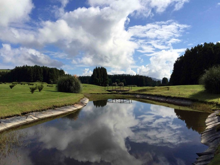 cloud_reflections_furnas_golf_course_azores