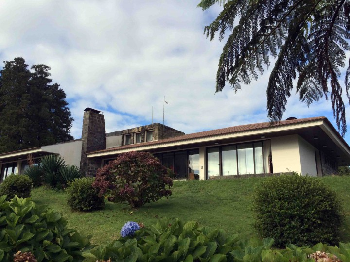 clubhouse_furnas_golf_course