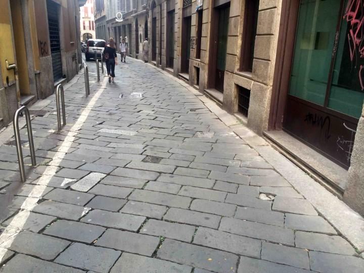 cobble_stone_streets_milan_italy