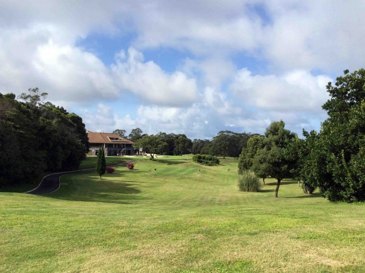 fairway_clubhouse_batalha_golf_course_azores