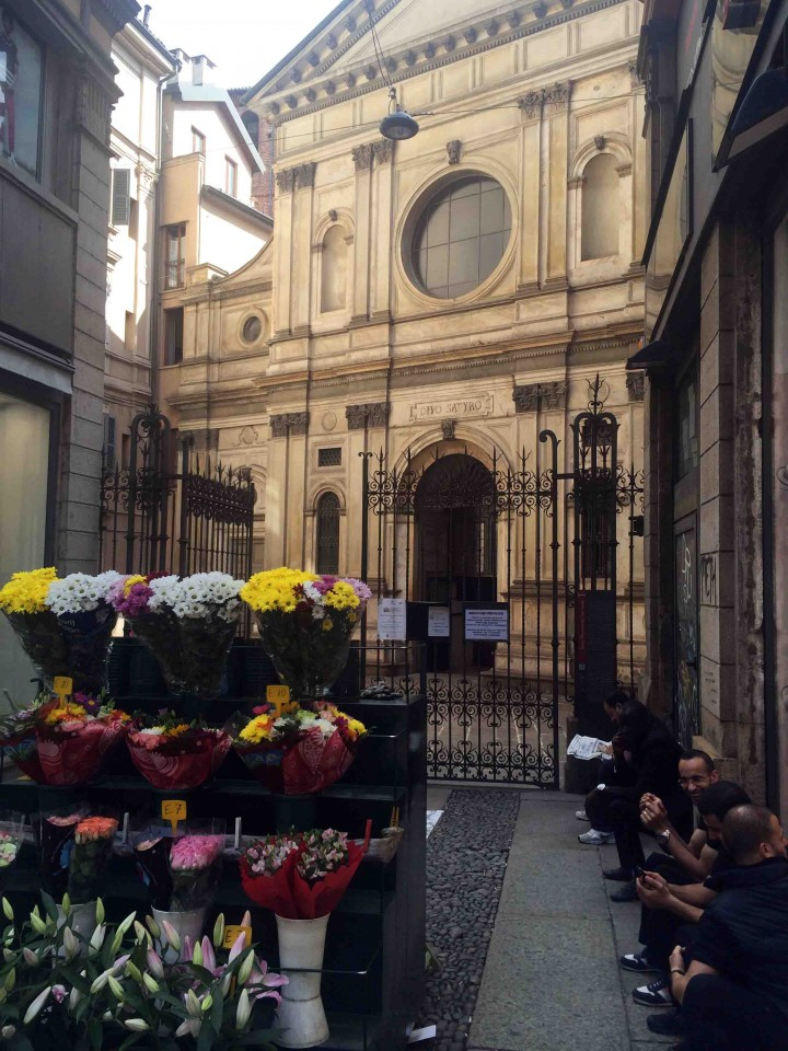flowers_chillers_milan_italy