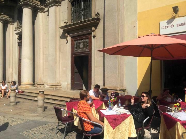patio_living_milan_italy