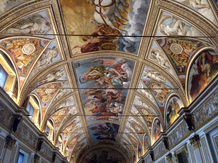 stunning_ceilings_ducal_palazzo_mantua_italy