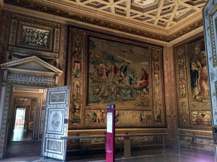 tapestries_ducal_palazzo_mantua_italy