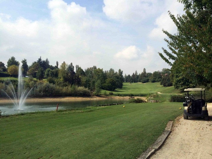 teeing_off_8th_golf_club_bologna