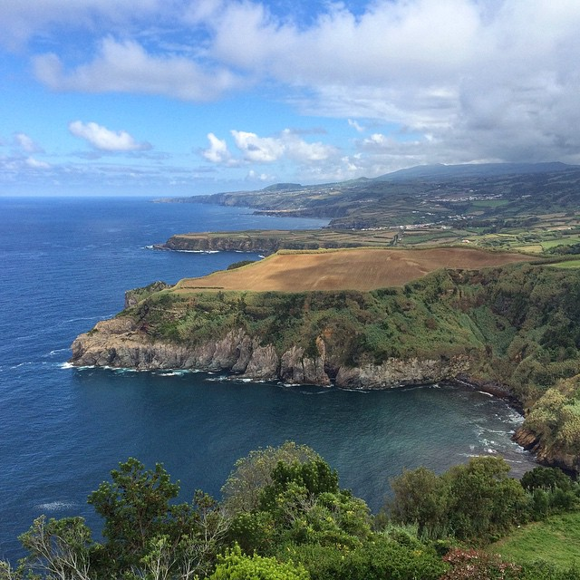 coastal_cliffs_sao_miguel_azores_islands