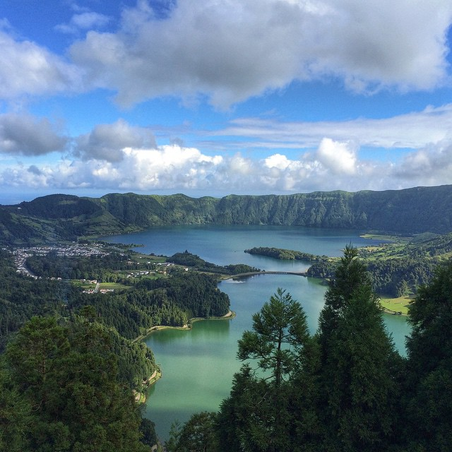 green_lake_blue_lake_azores_islands