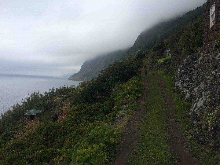 misty_trails_sao_jorge_azores