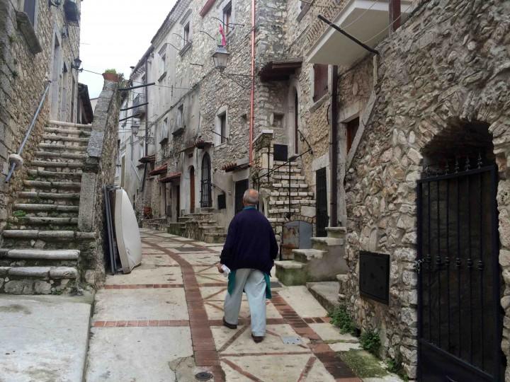 stone_buildings_vico_del_gargano