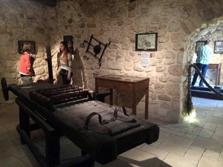 torture_peschici_italy