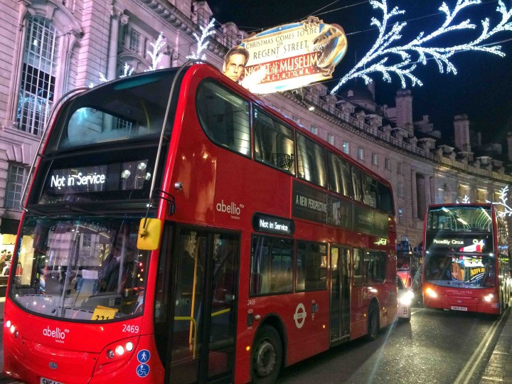 busy_piccadilly_circus