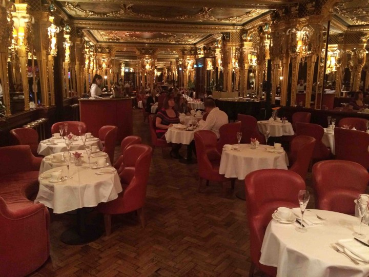 oscar_wilde_bar_hotel_cafe_royal