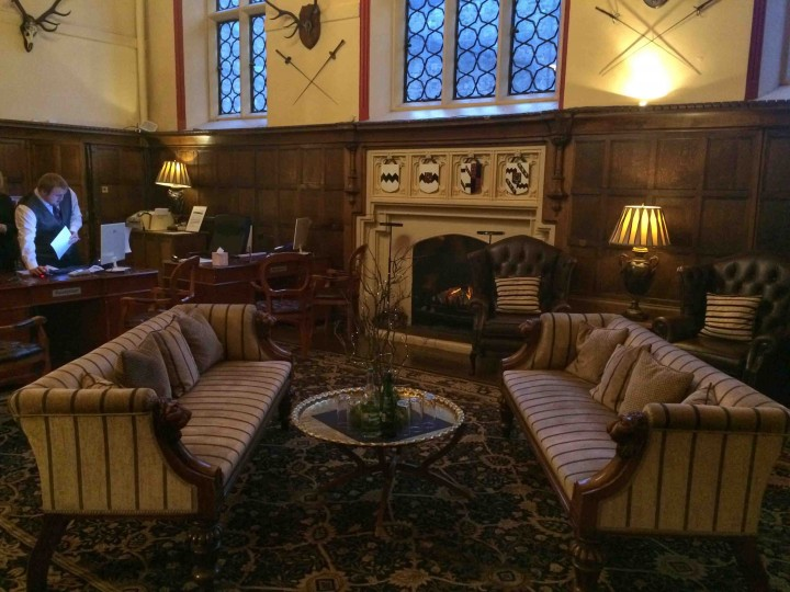 ruthin-castle-hotel-lobby