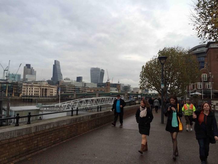 strolling_london_england
