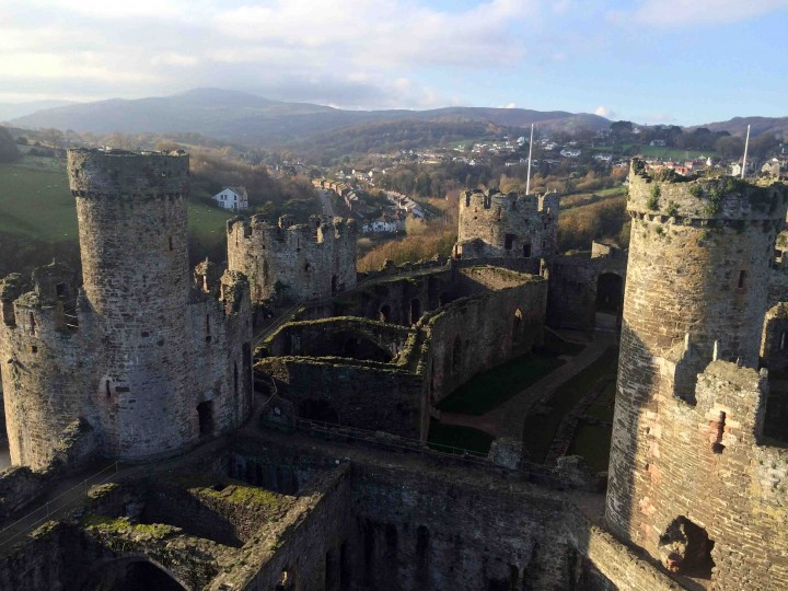 stunning_conwy_castle_wales