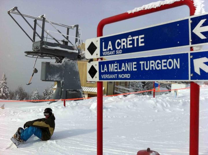 snowboarding_mont_sainte_anne_quebec_lifeproof