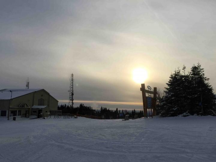 summit_mont_sainte_anne