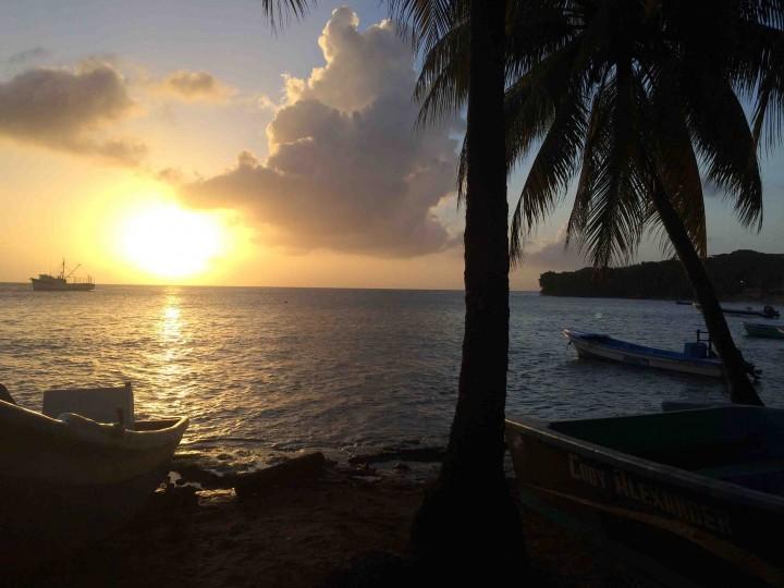 sunset_on_little_corn_island