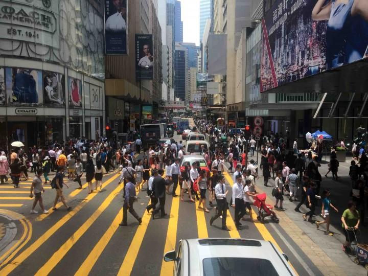 busy-streets-hong-kong