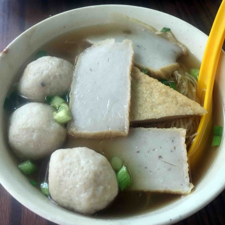 fish-ball-soup-hong-kong