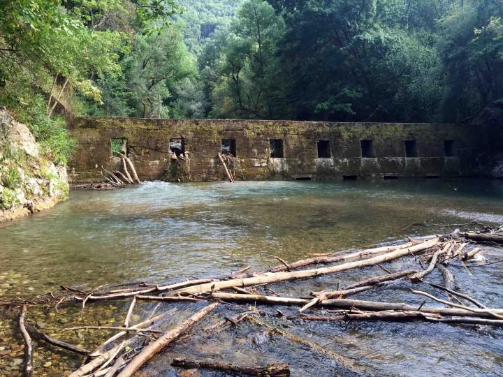dam_gradac_river