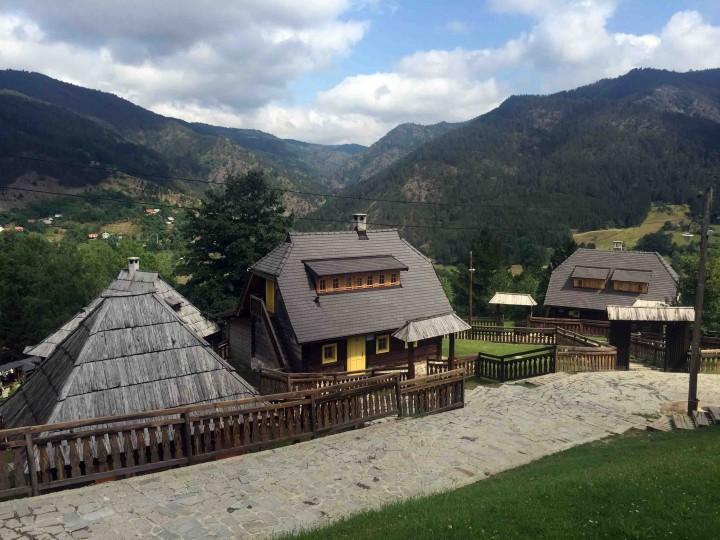 views_wooden_village_serbia