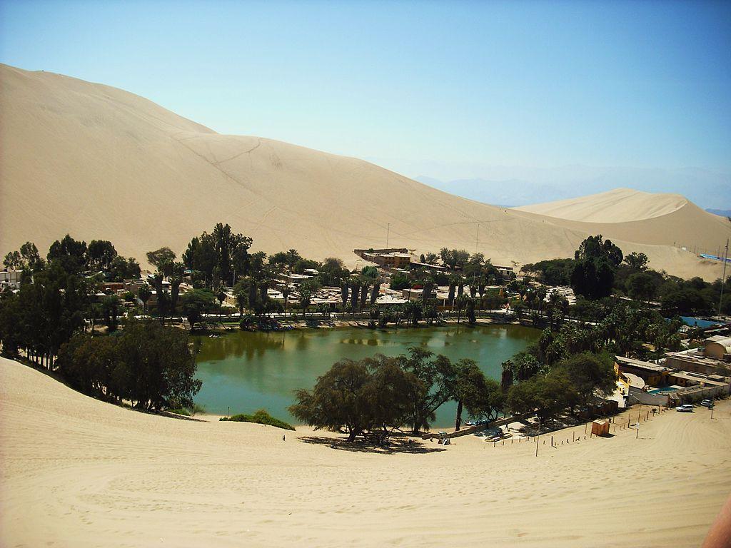 Huacachina, Peru by CC user Charles Gadbois on Wikimedia Commons