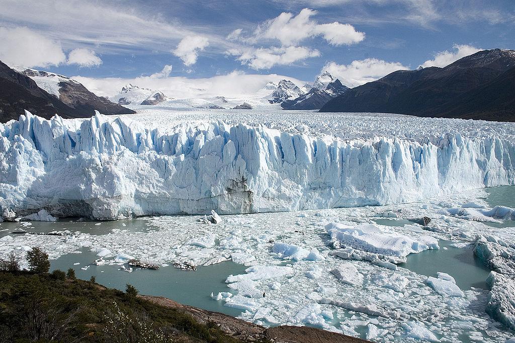 Perito Moreno Glacier by CC user Docu on Wikimedia Commons